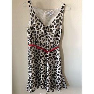 Dresses & Skirts - Belted animal print dress